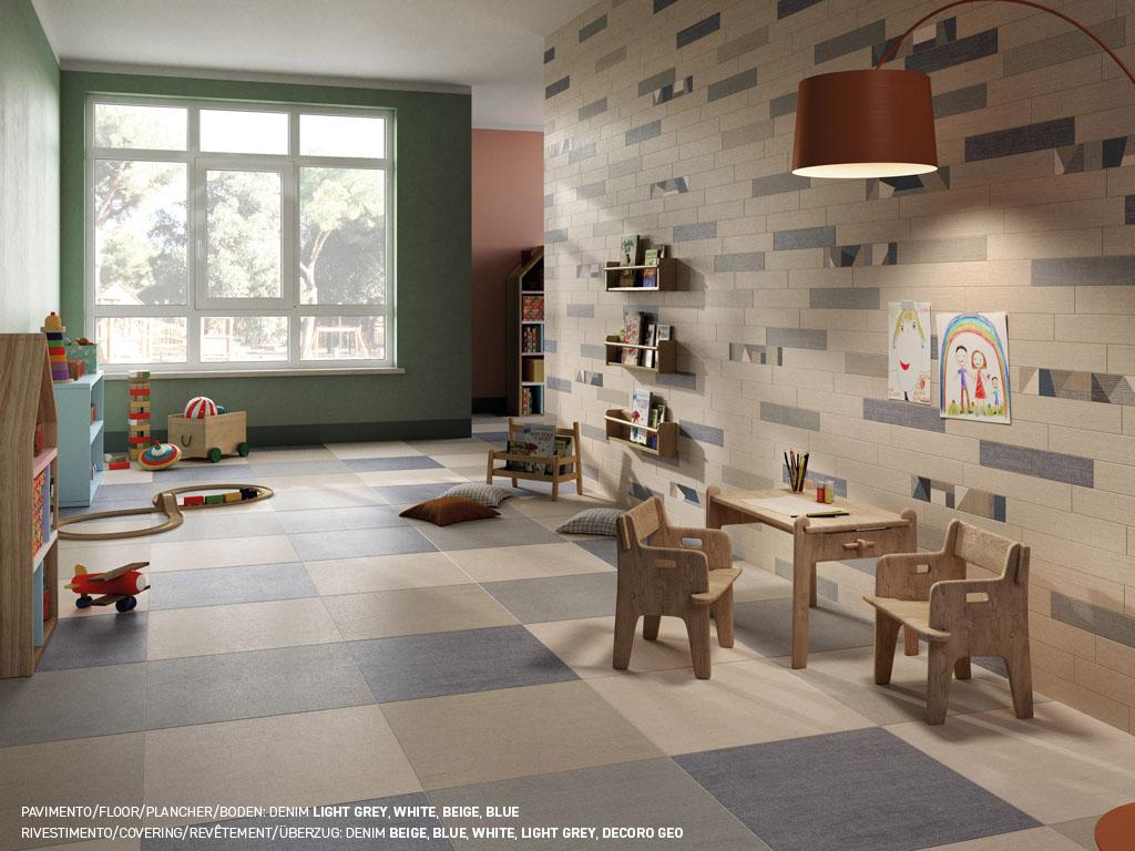 piastrelle pavimento bianche e rivestimenti bianchi in