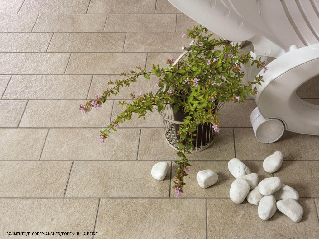 Rivestimento effetto pietra per outdoor julia ceramica for Ceramica rondine