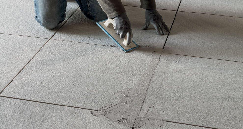 Stuccatura e pulizia dopo posa ceramica rondine - Pulizia piastrelle dopo posa aceto ...